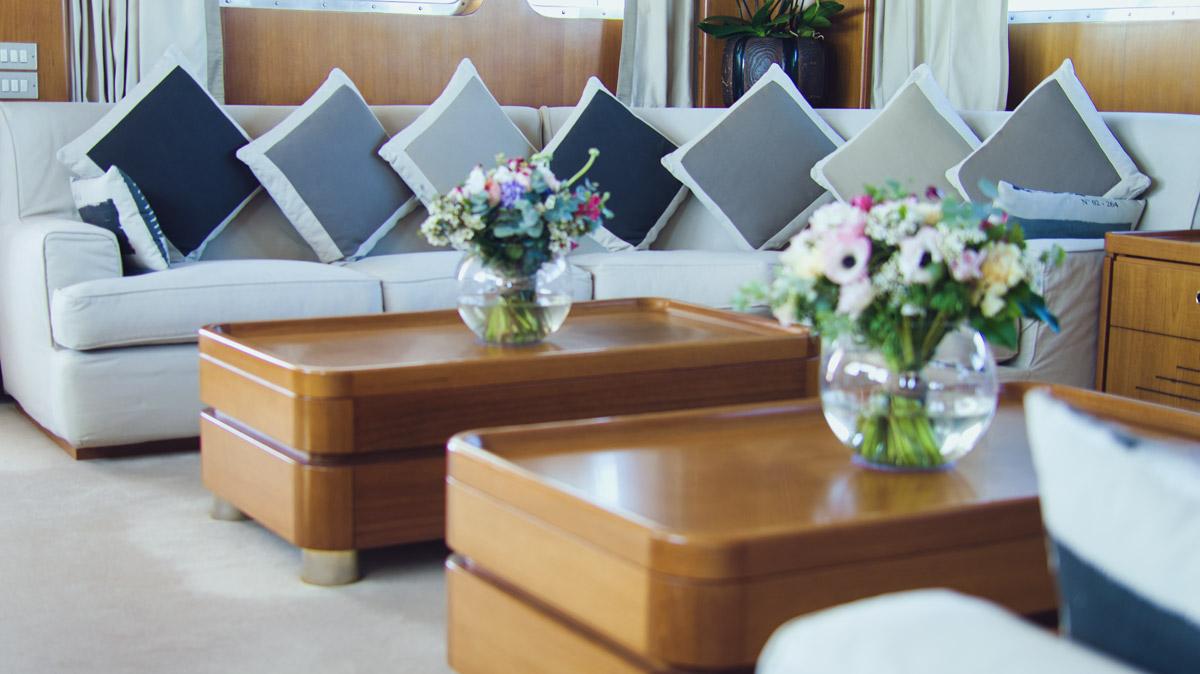 M/Y Freemont interior salon