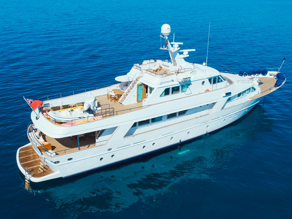 freemont motor yacht for sale