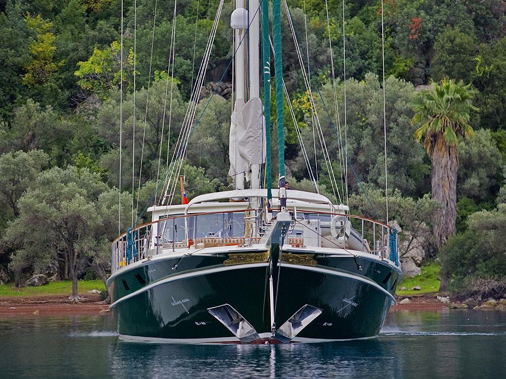 M/S Sailing Nour bow