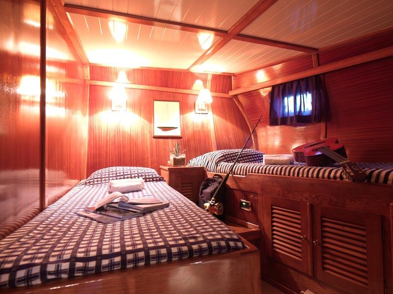 Myra twin cabin