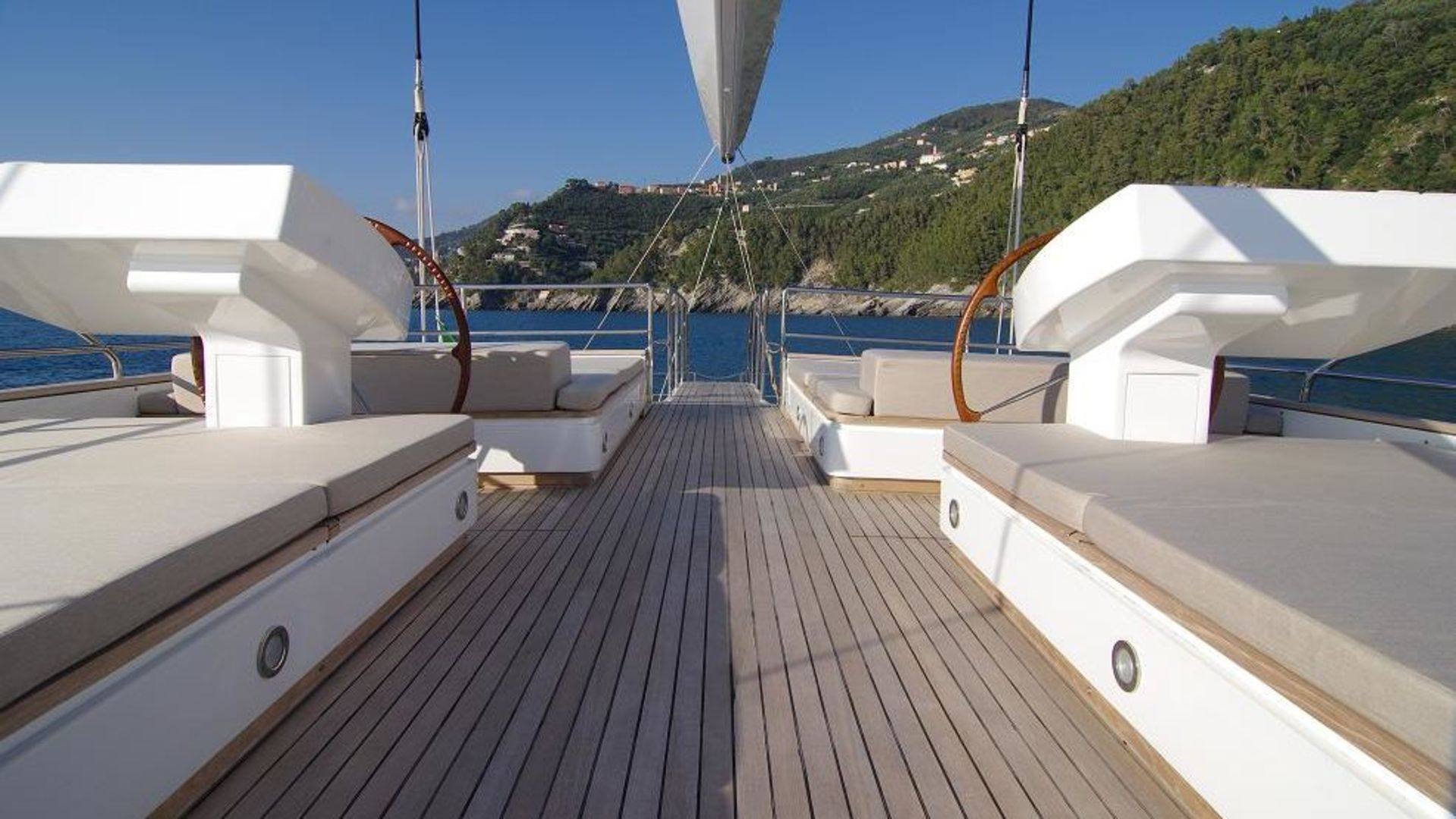 Renaissance yacht for sale