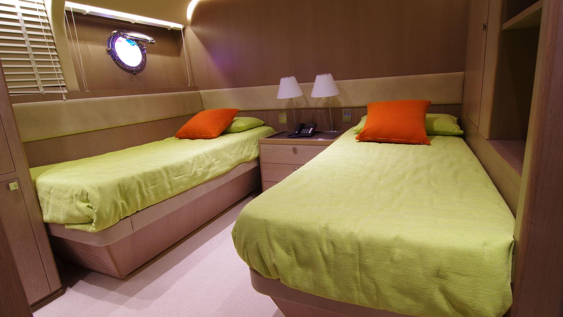 Renaissance double cabin