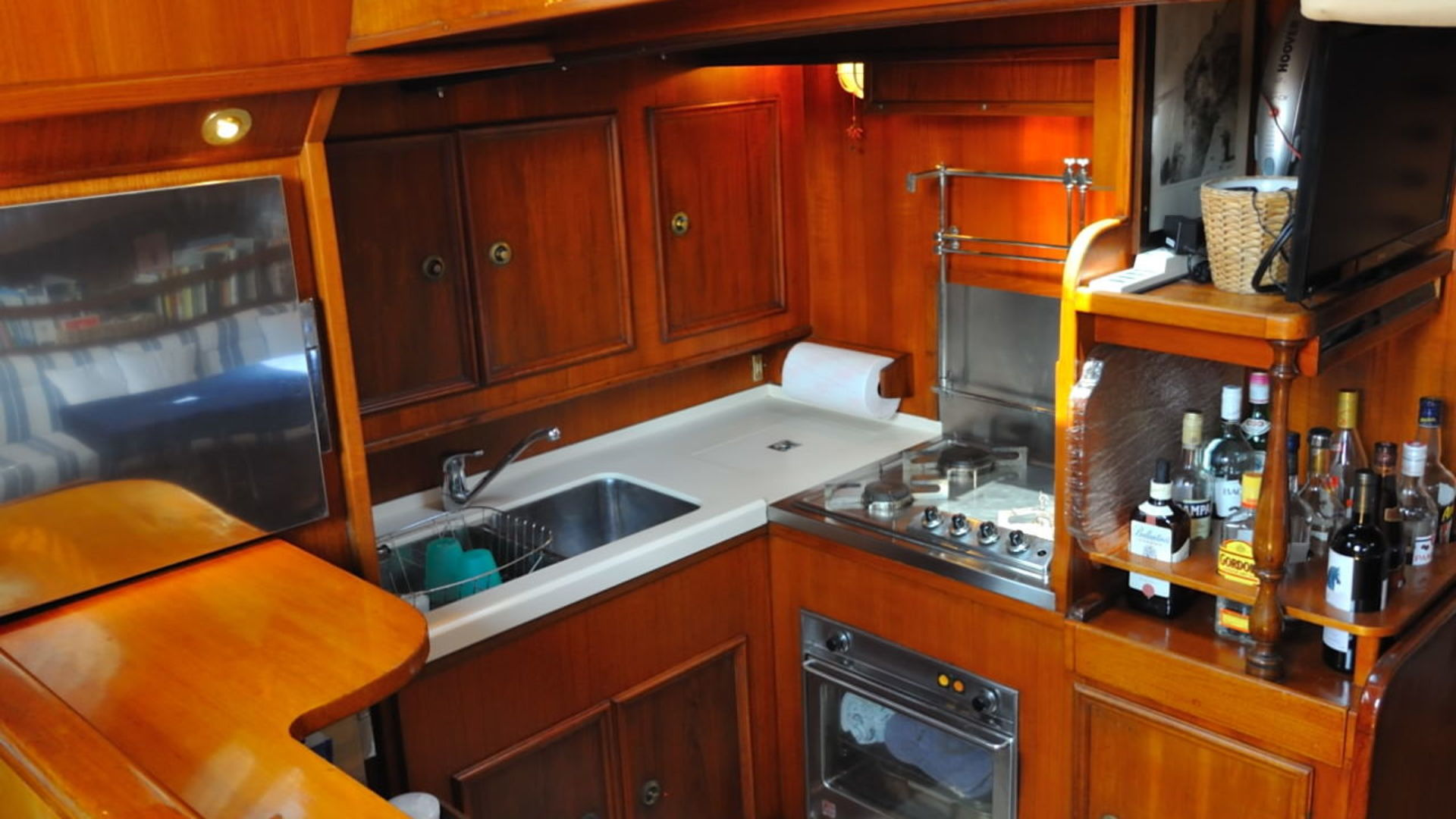 star 22 galley