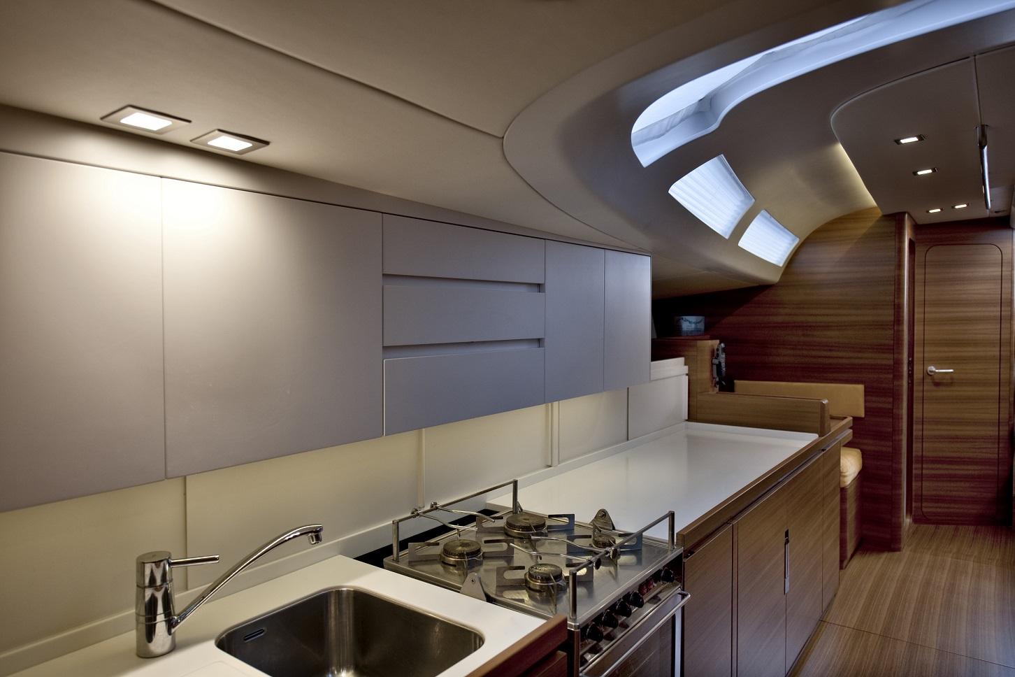 Almabrada cn yacht 2000 galley
