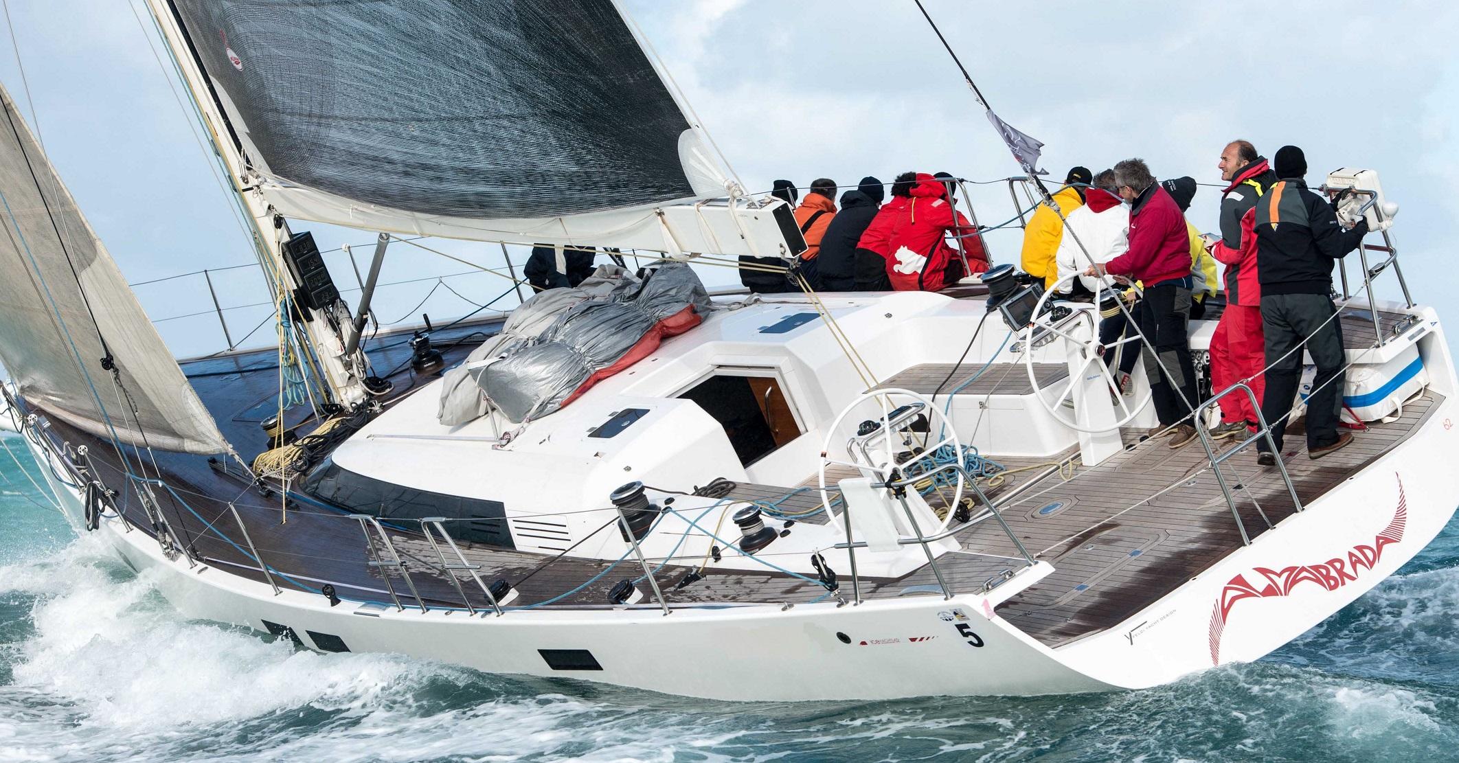 Almabrada under sail