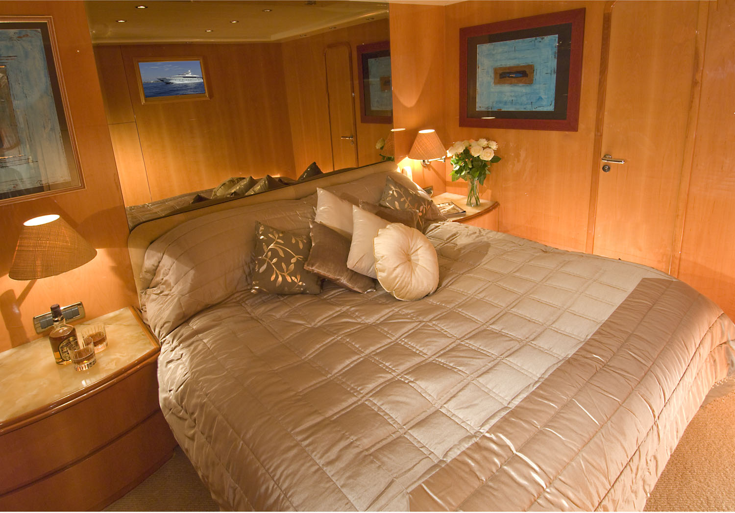 Indulgence of poole master cabin