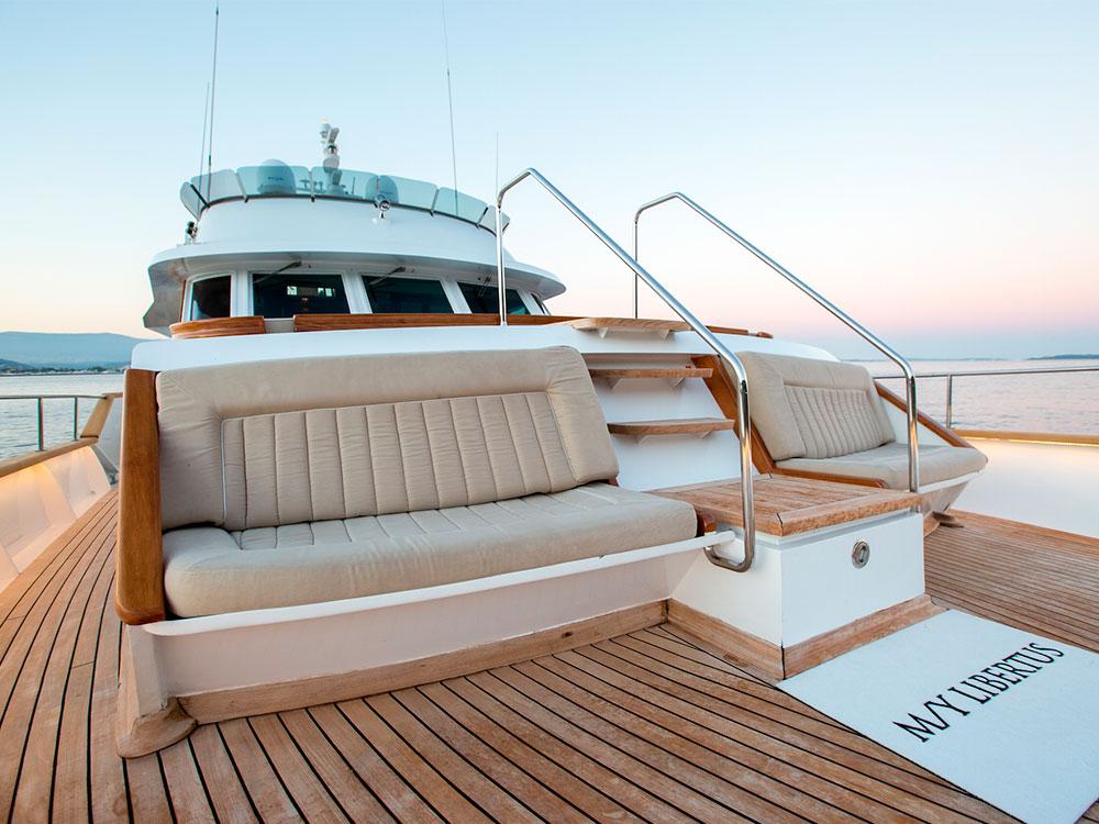 Libertus main deck