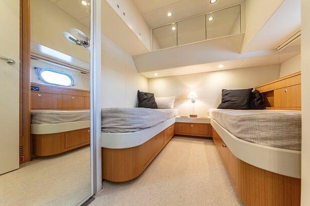 Otam80 twin cabin