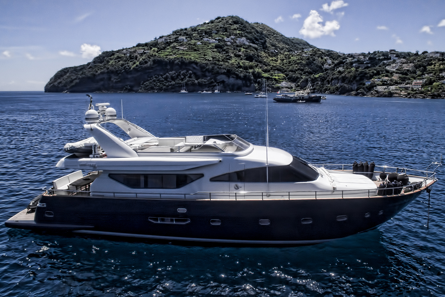 Resilience motoryacht for sale