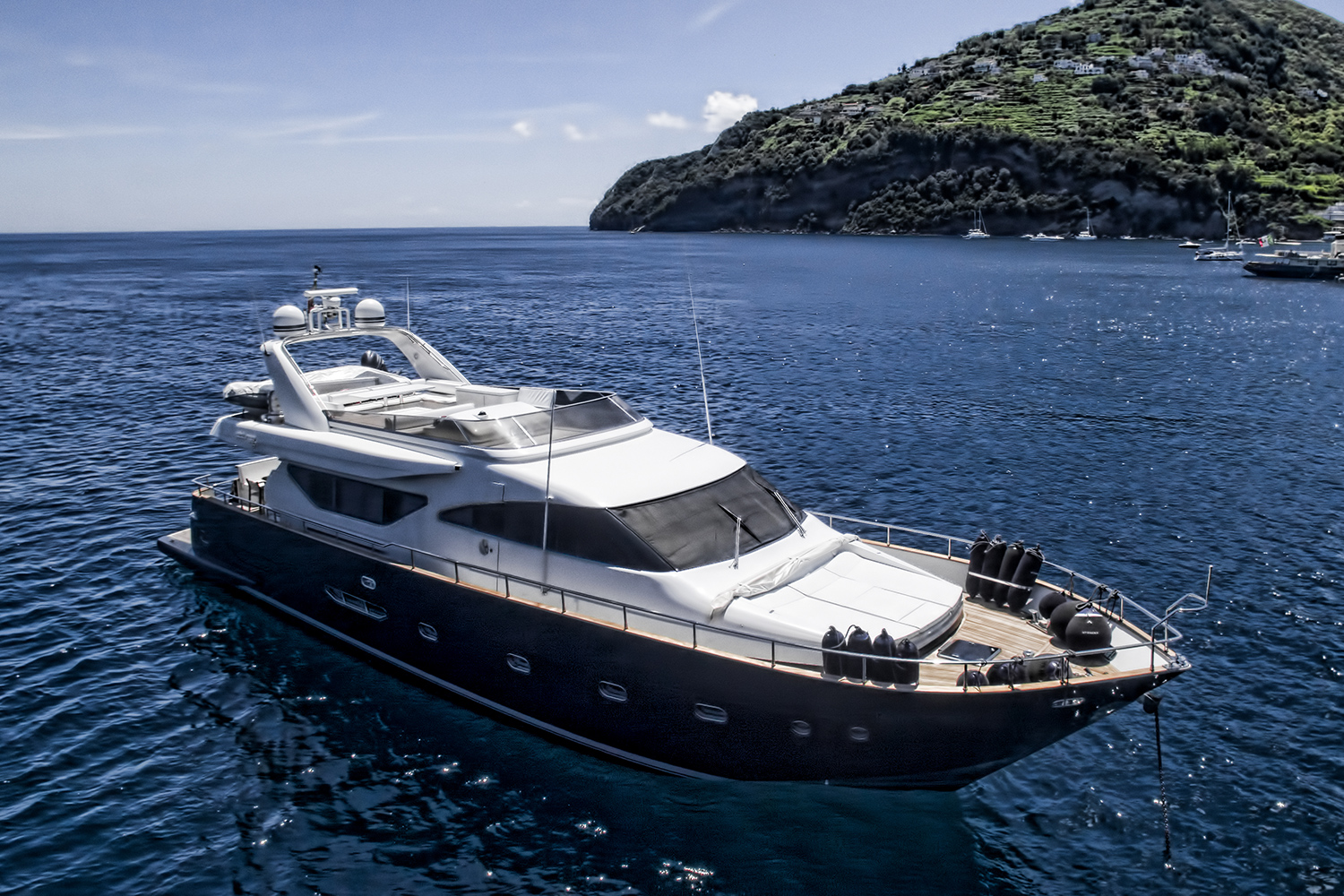 Resilience yacht for sale eyi
