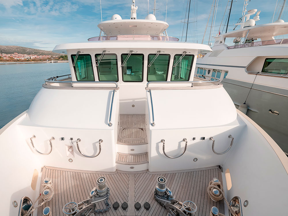 virgin gold yacht for sale stern