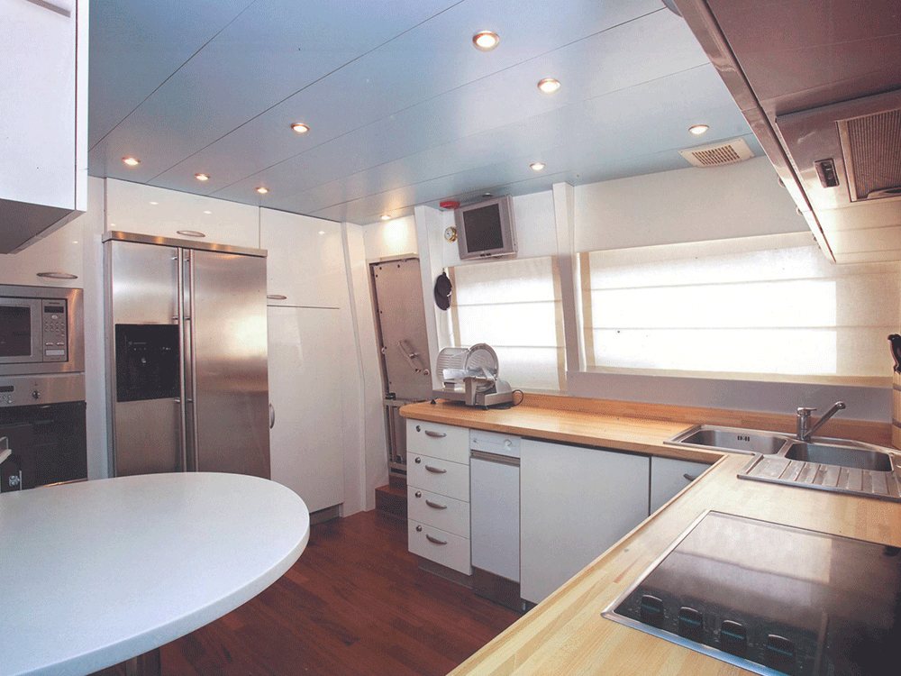 giava motoryacht for sale galley
