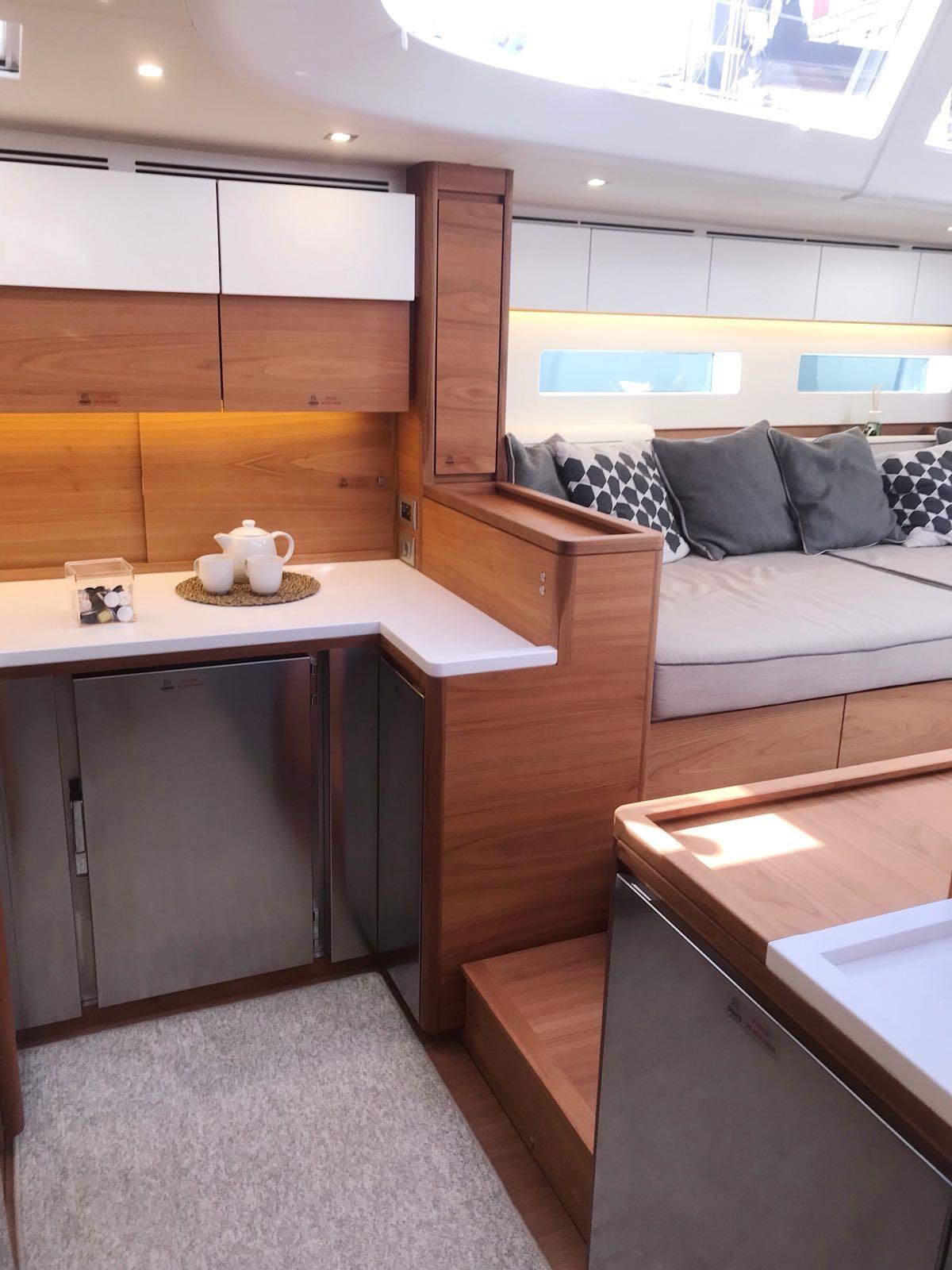 solaris 68 for sale interior