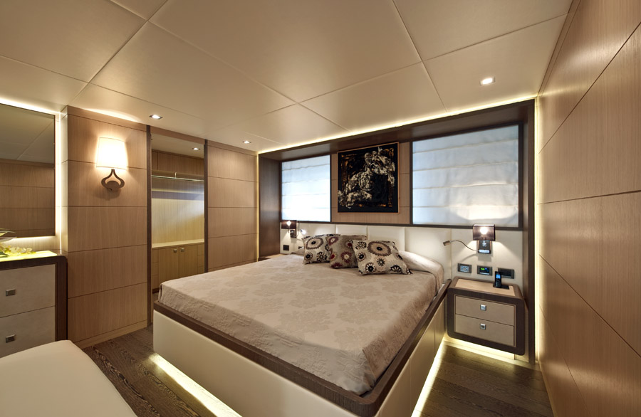 ab yachts bed