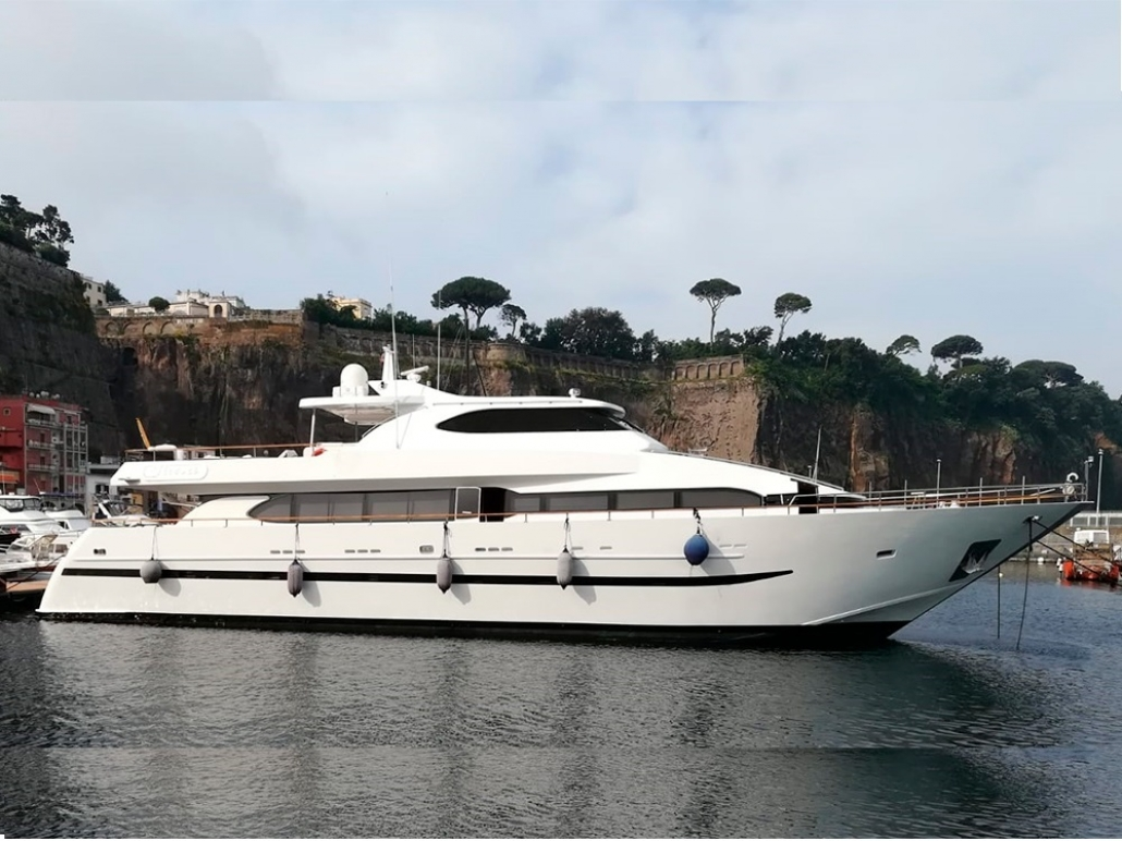 Giava yacht Castagnola
