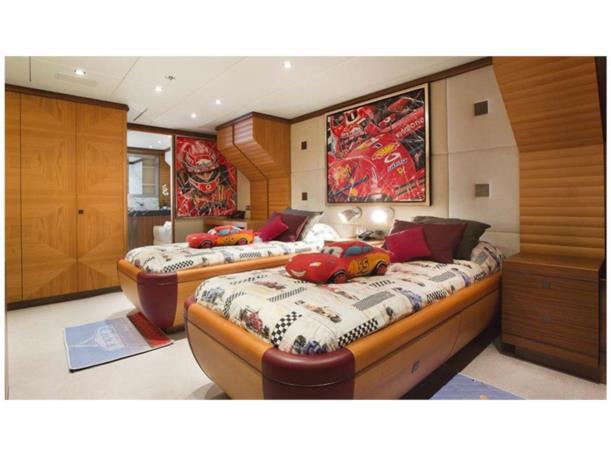 let it be yacht double cabin