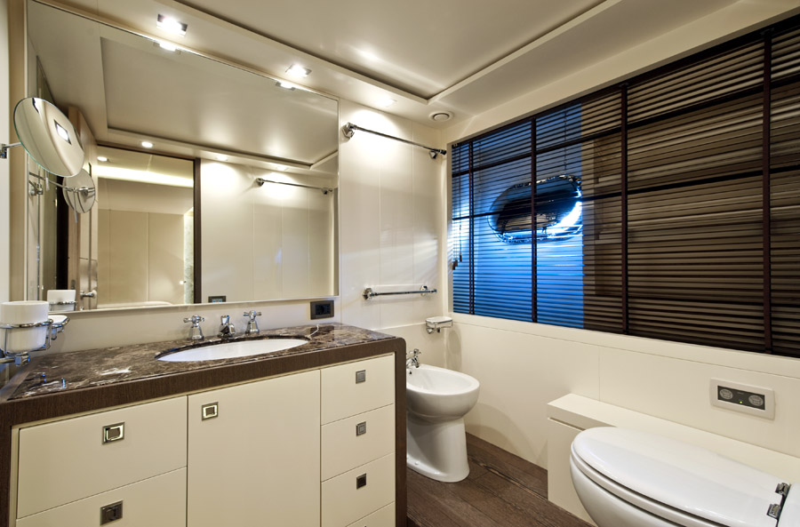 musa yacht sale bathroom
