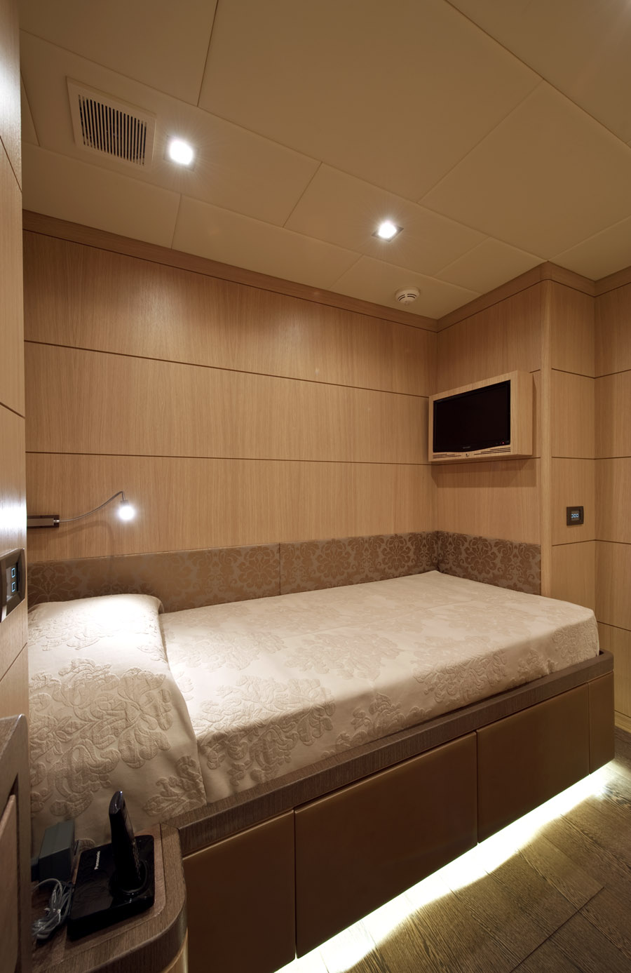 musa yacht sale guests cabin