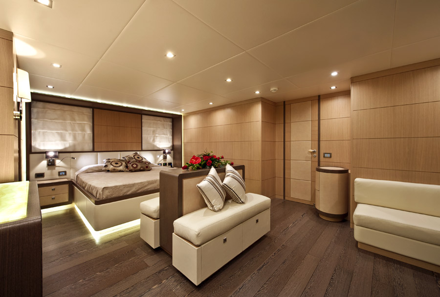 owner suite ab yachts