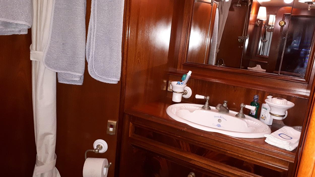 de cesari la ghibellina toilet