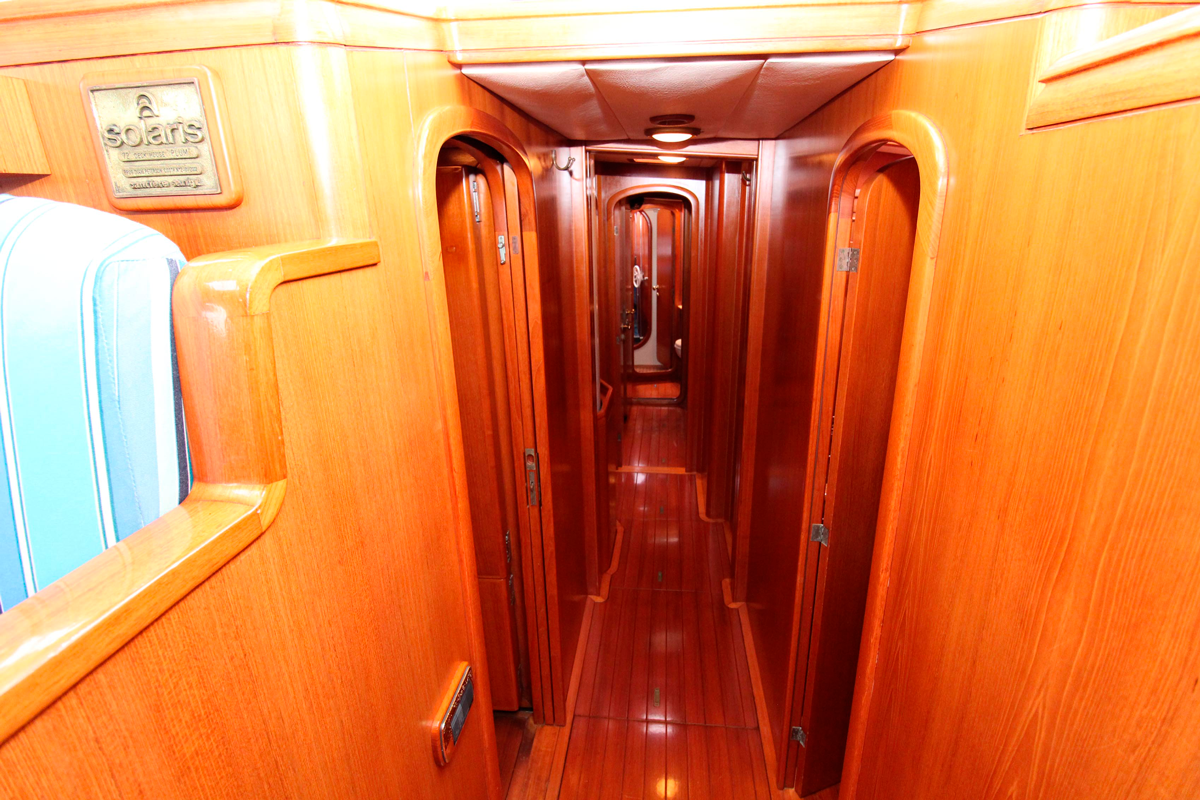 solaris 72 kamana for sale floor