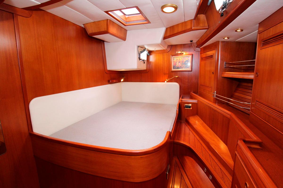 solaris 72 kamana owner cabin