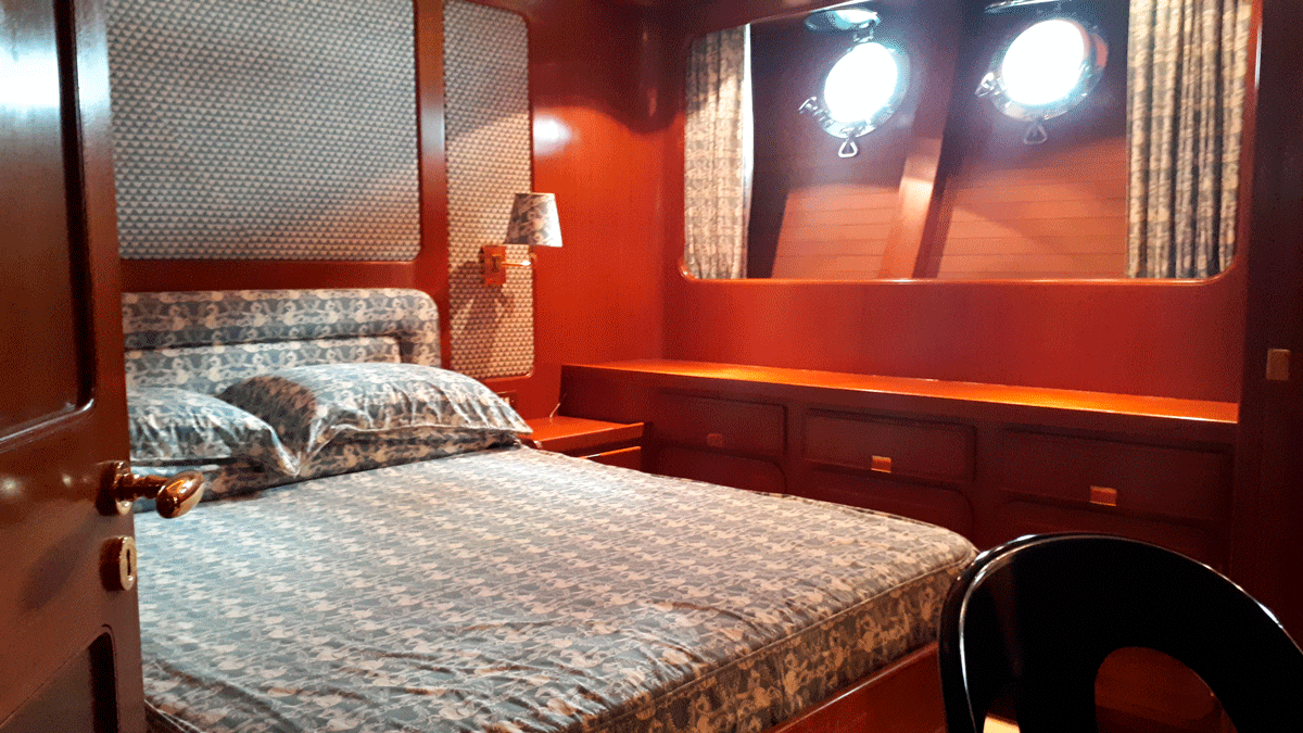 piropo iv guest cabin