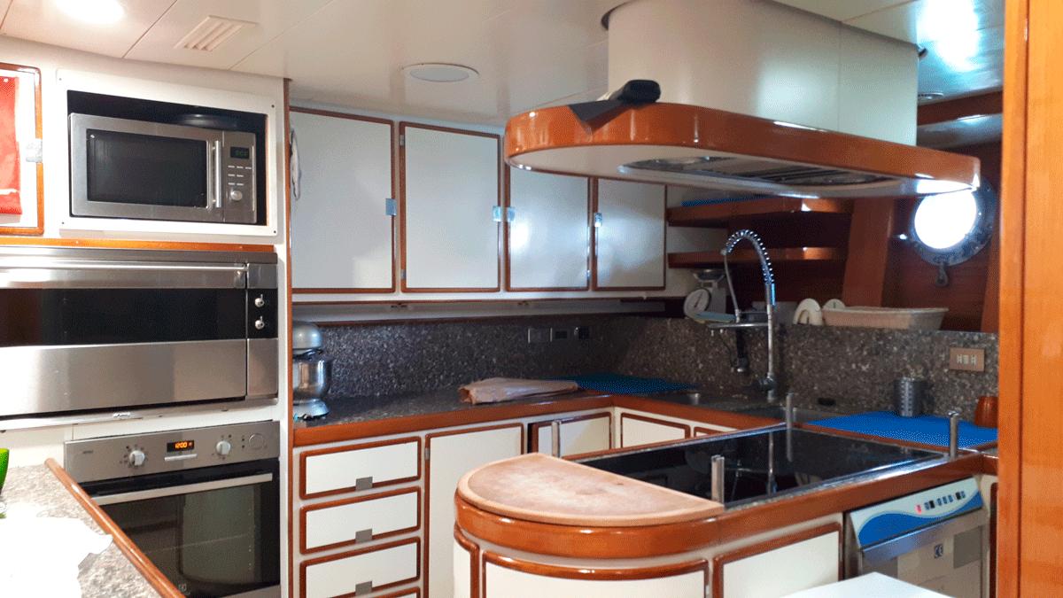 piropo iv kitchen