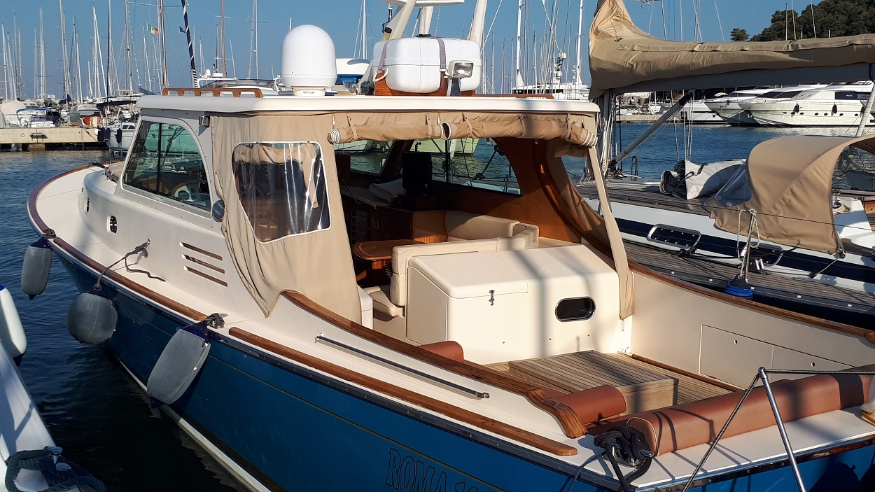 morgan 44 lobster motor yacht
