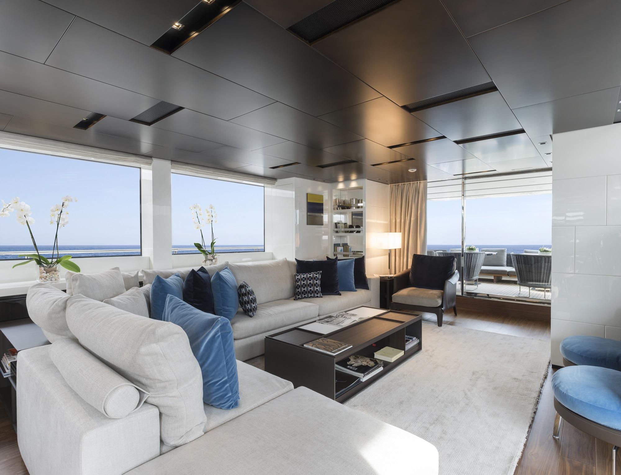 SL 106.644 lounge area