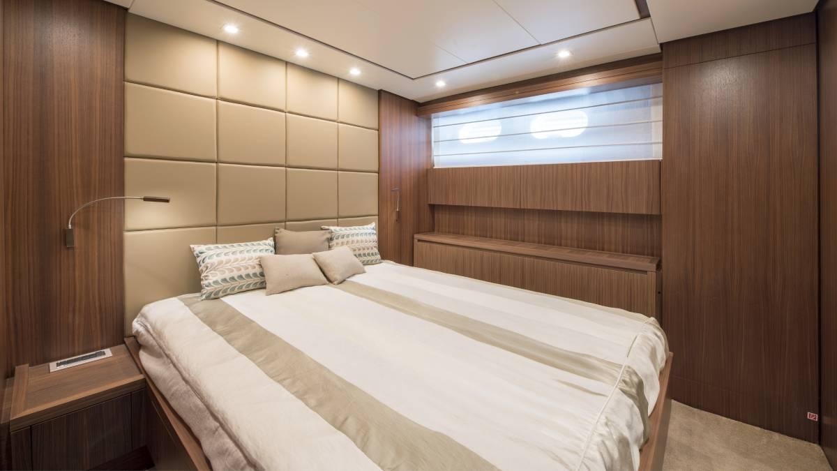 SL 82.548 double cabin