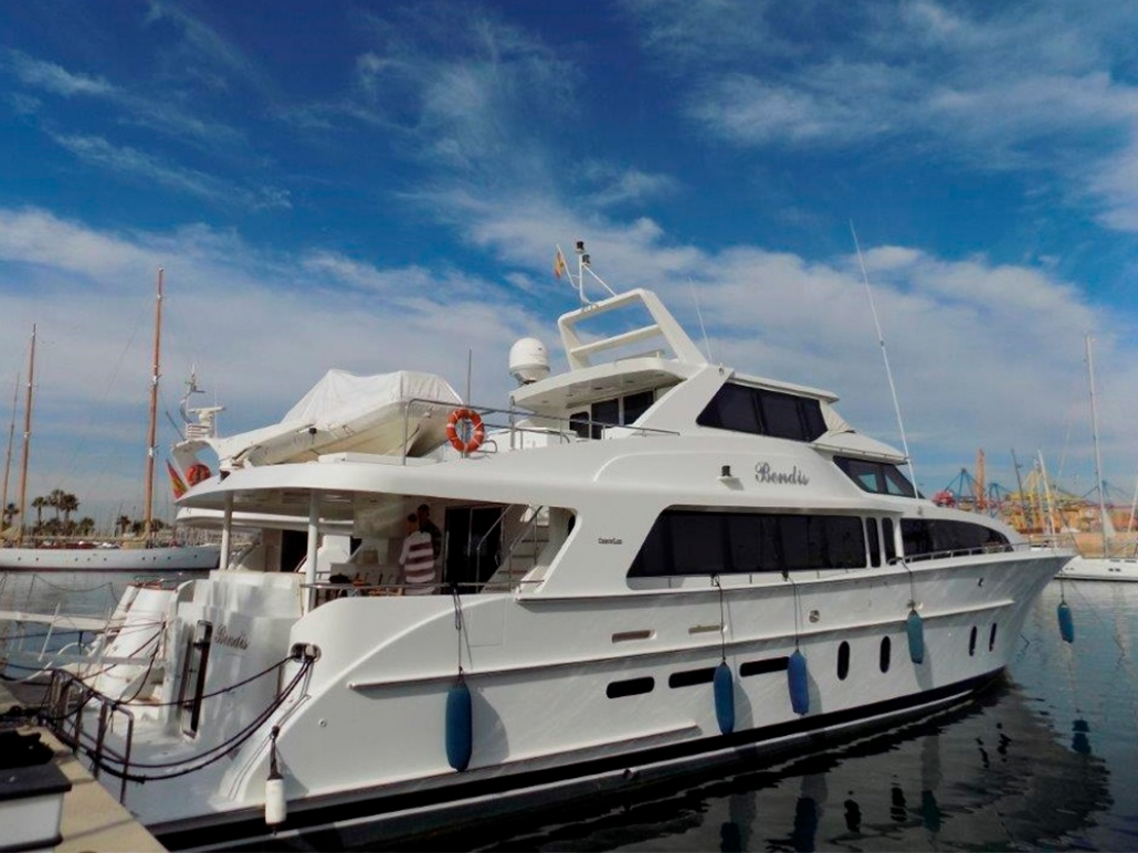 Bendis yacht Cheoy Lee