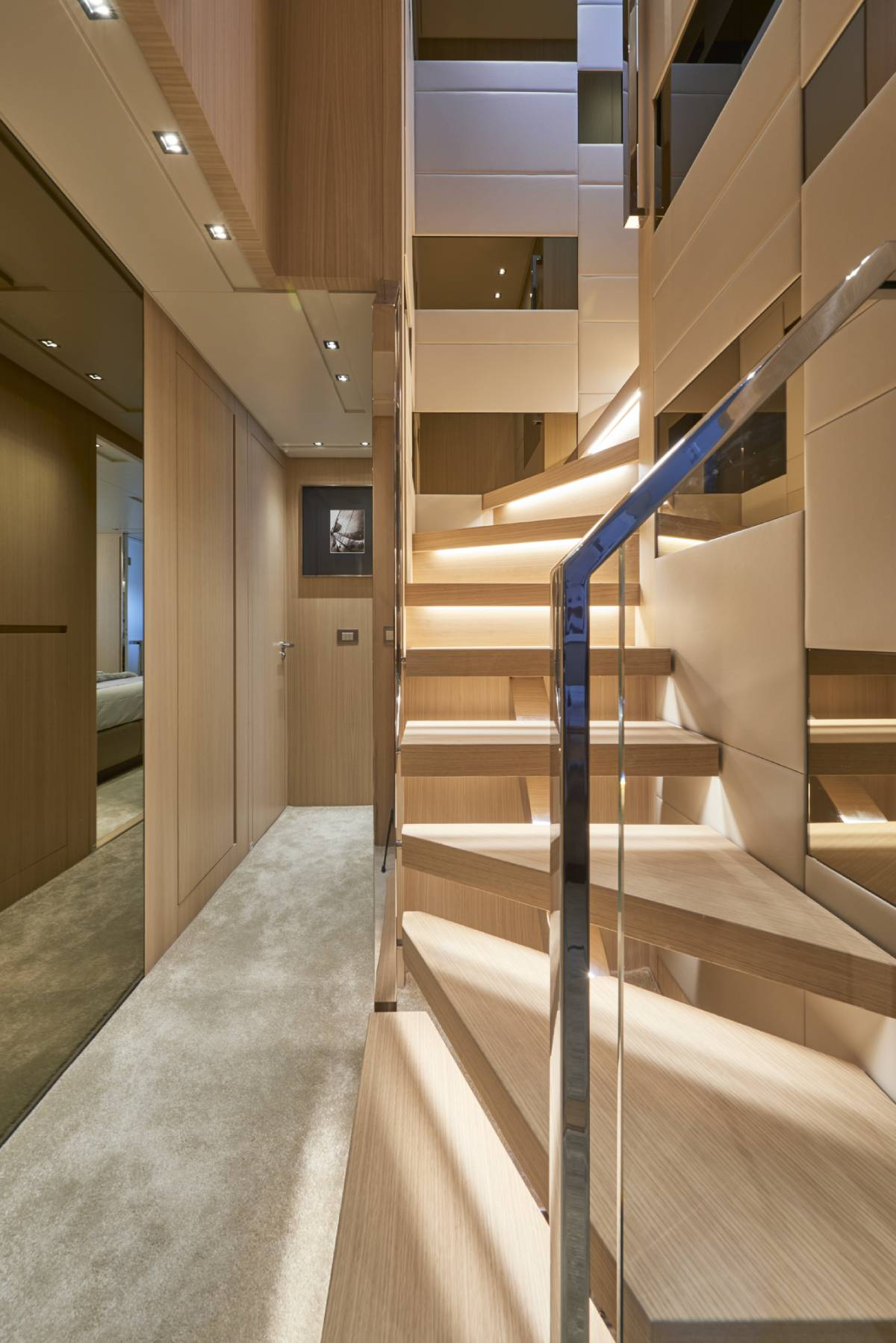 SL106.642_sanlorenzo_stairs