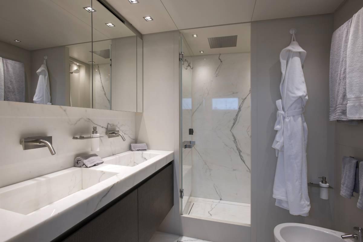 SL96629_Sanlorenzo_toilet