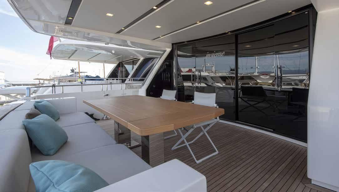 SL96.684_Sanlorenzo_yacht_aft_deck