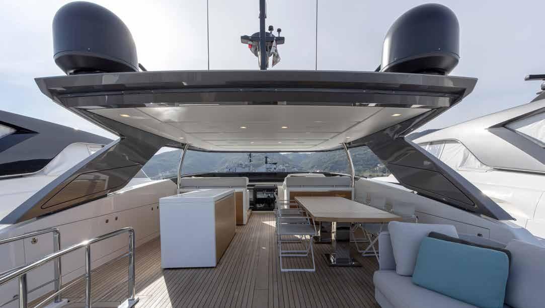 SL96.684_Sanlorenzo_yacht_upper_deck
