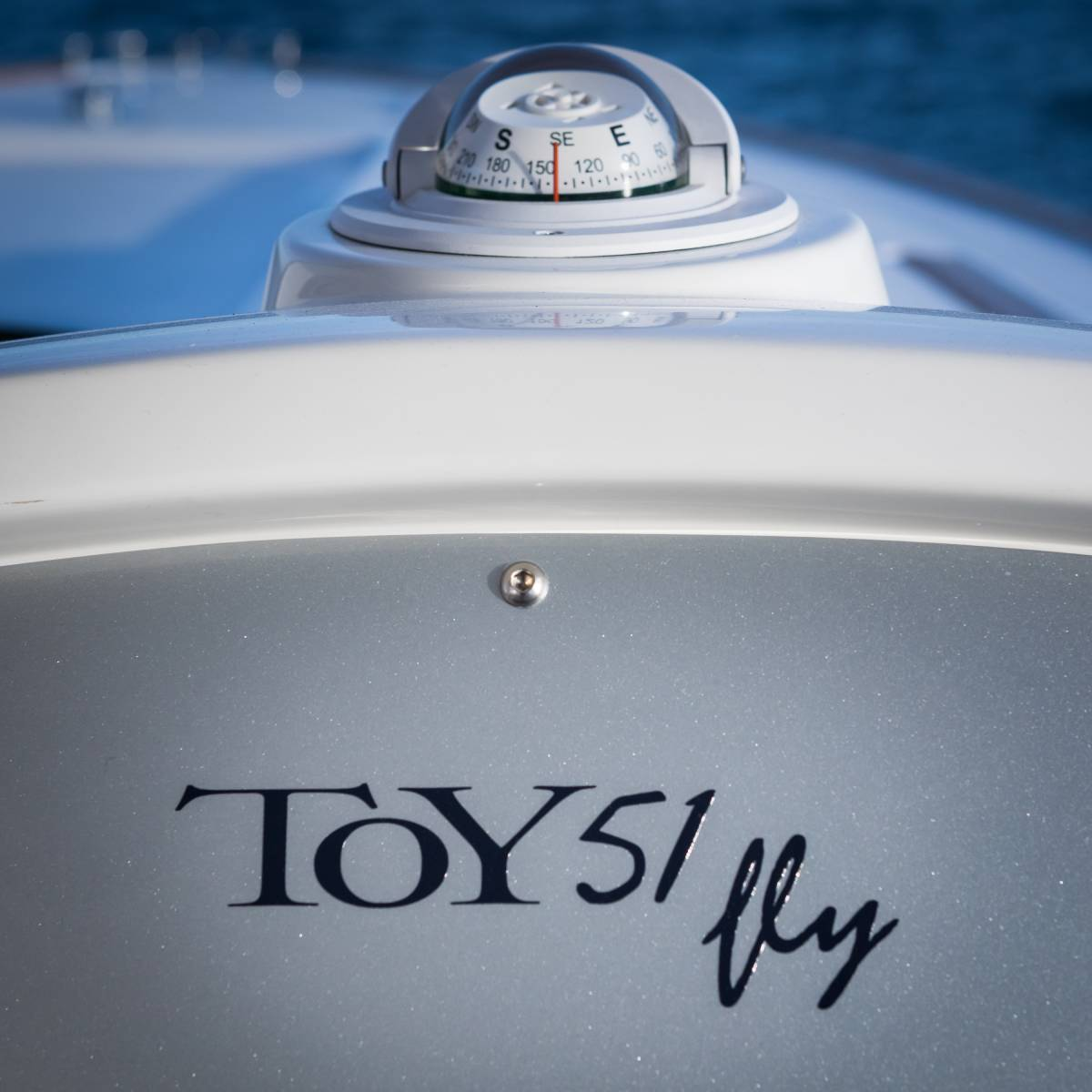 toy 51 fly compass