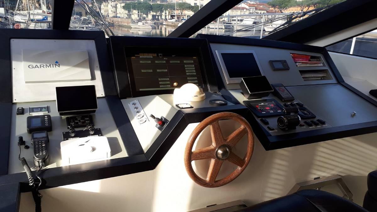 Jaguar 80 P&M steering wheel