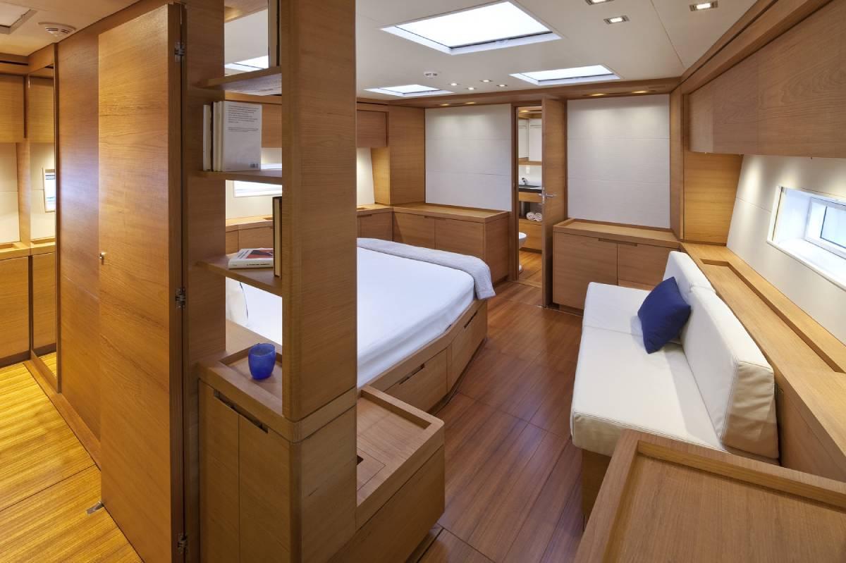 SW110 Thalima cabin