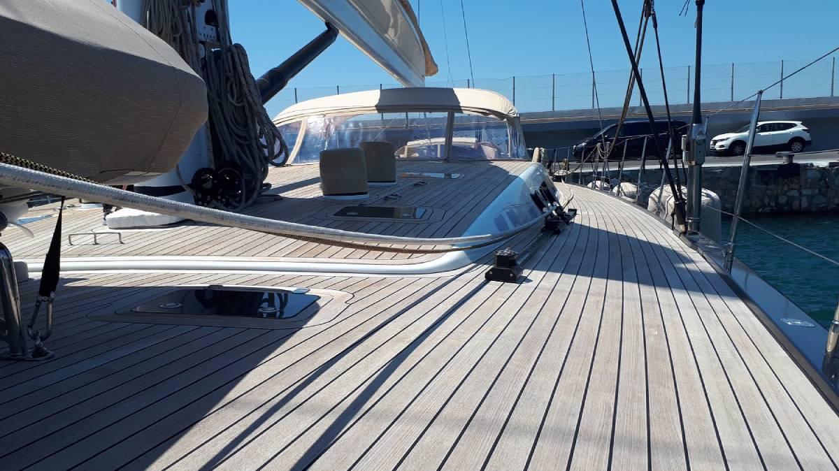 SW110 Thalima deck