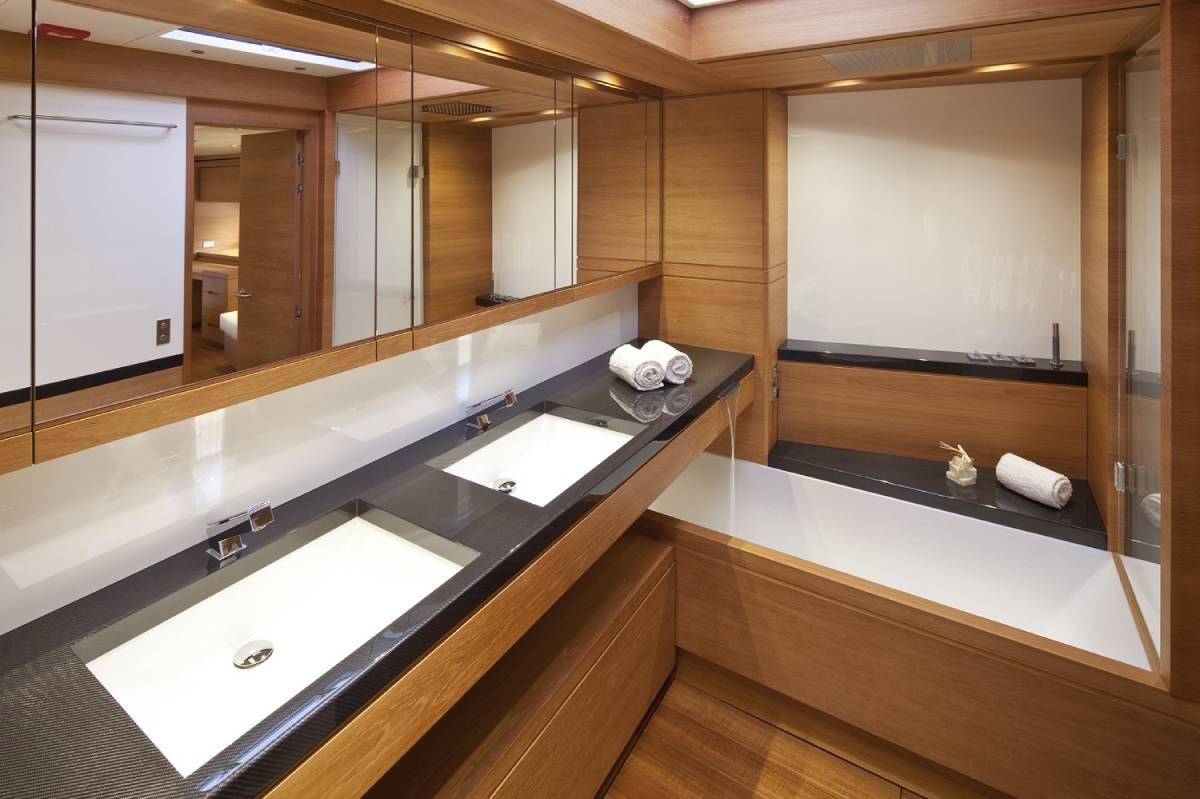 SW110 Thalima toilet