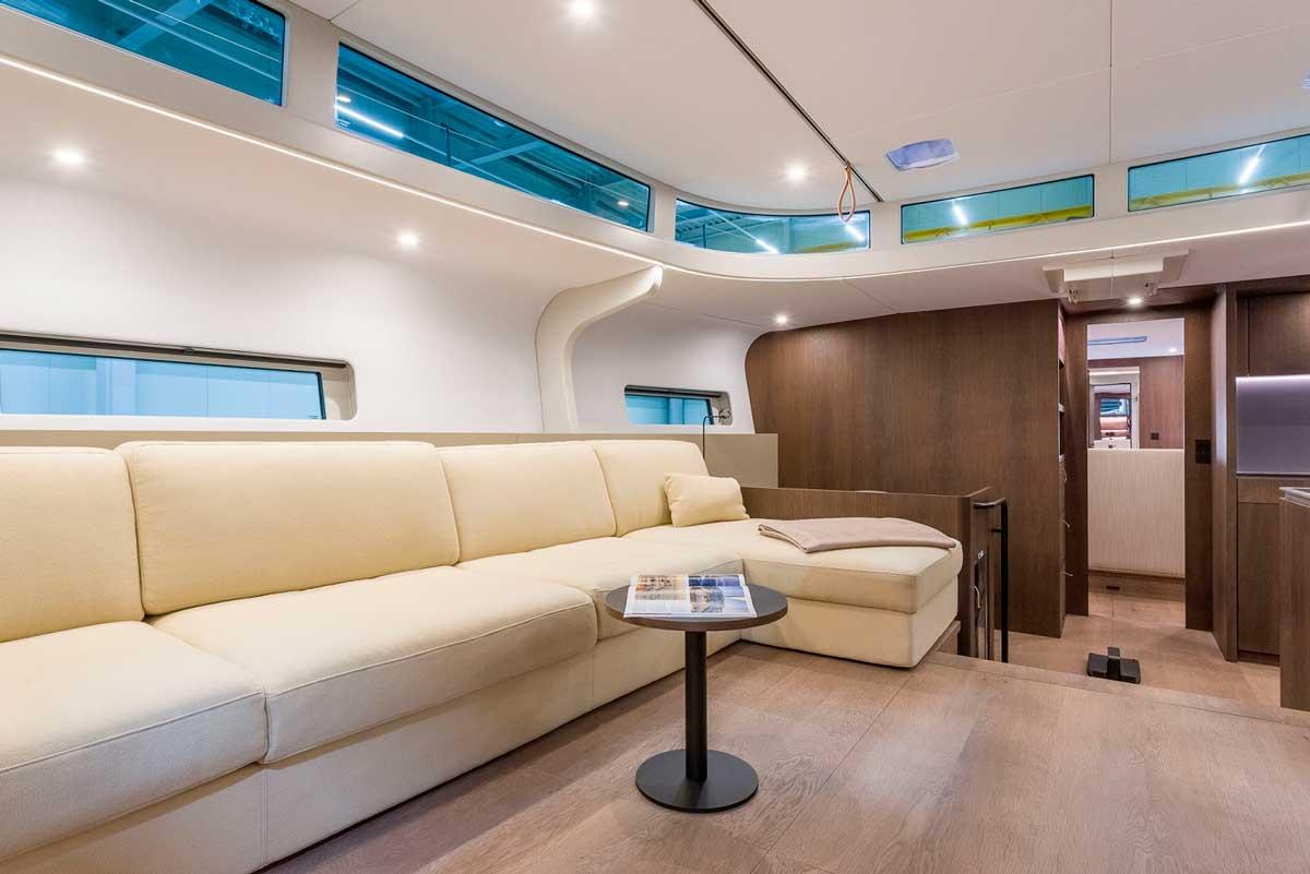 Y7.010 Michael Schmidt sofa