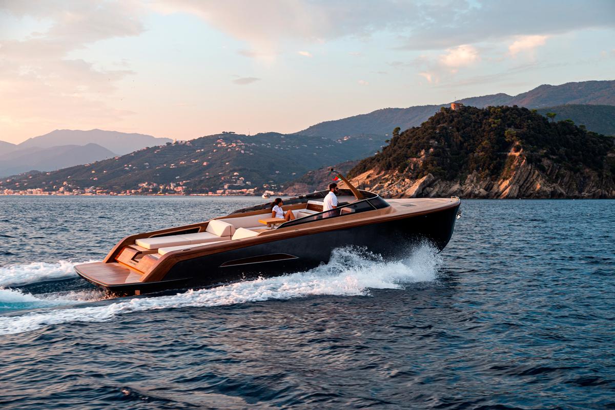 heritage-9-9-castagnola-tender-yacht