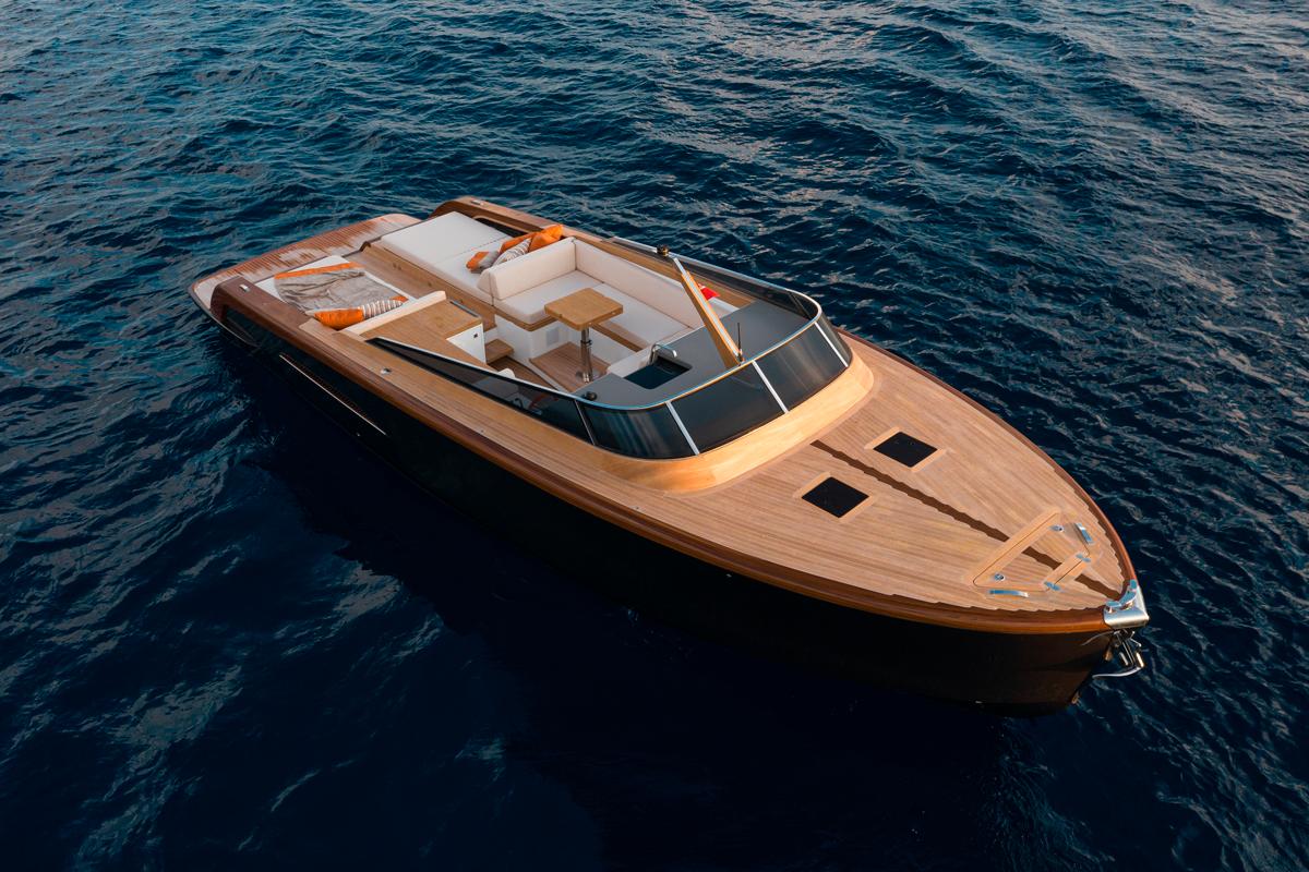 heritage castagnola yacht