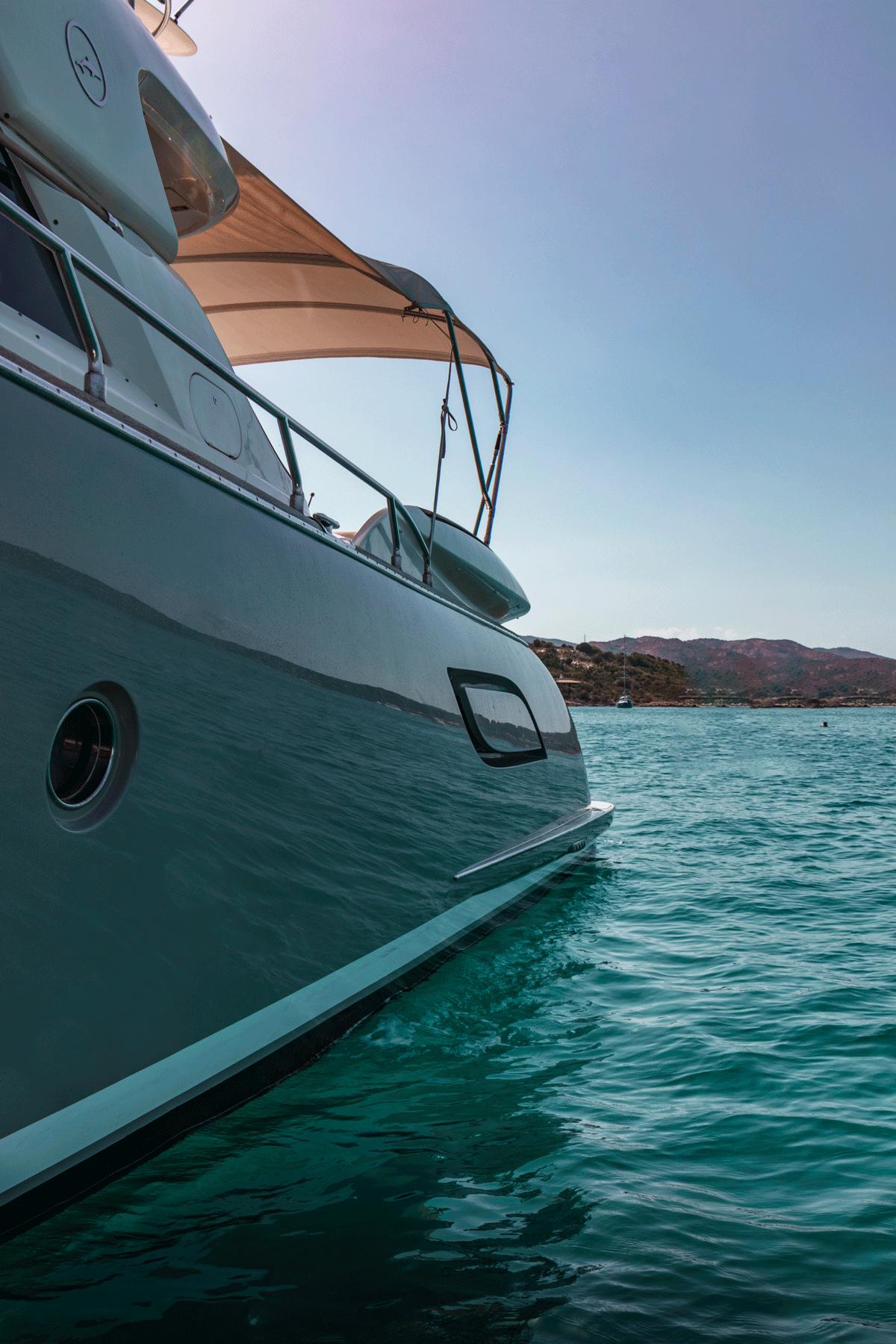 graceland mochi 64 motor yacht