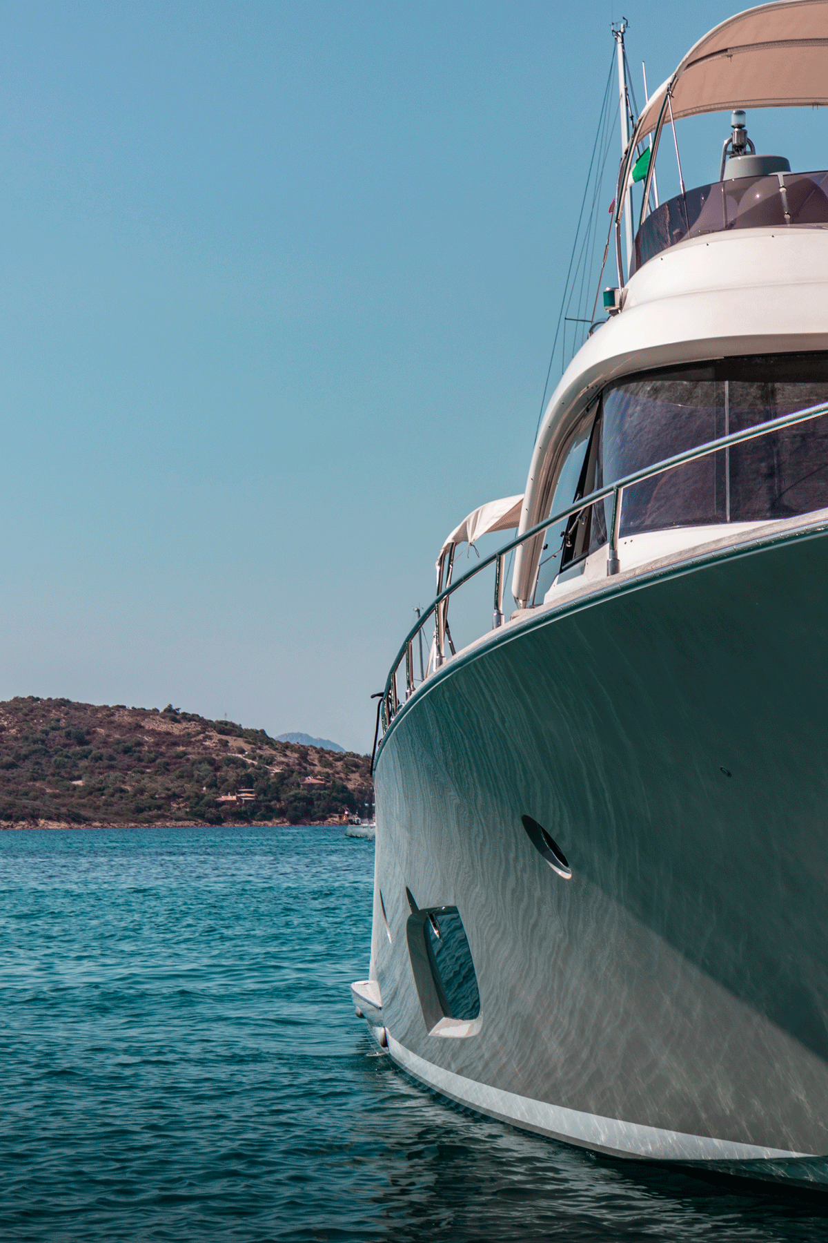 graceland yacht mochi 65