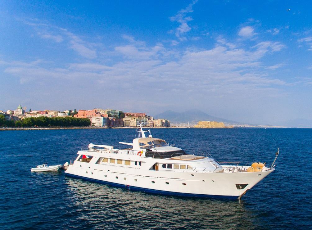 India Benetti luxury motor yacht