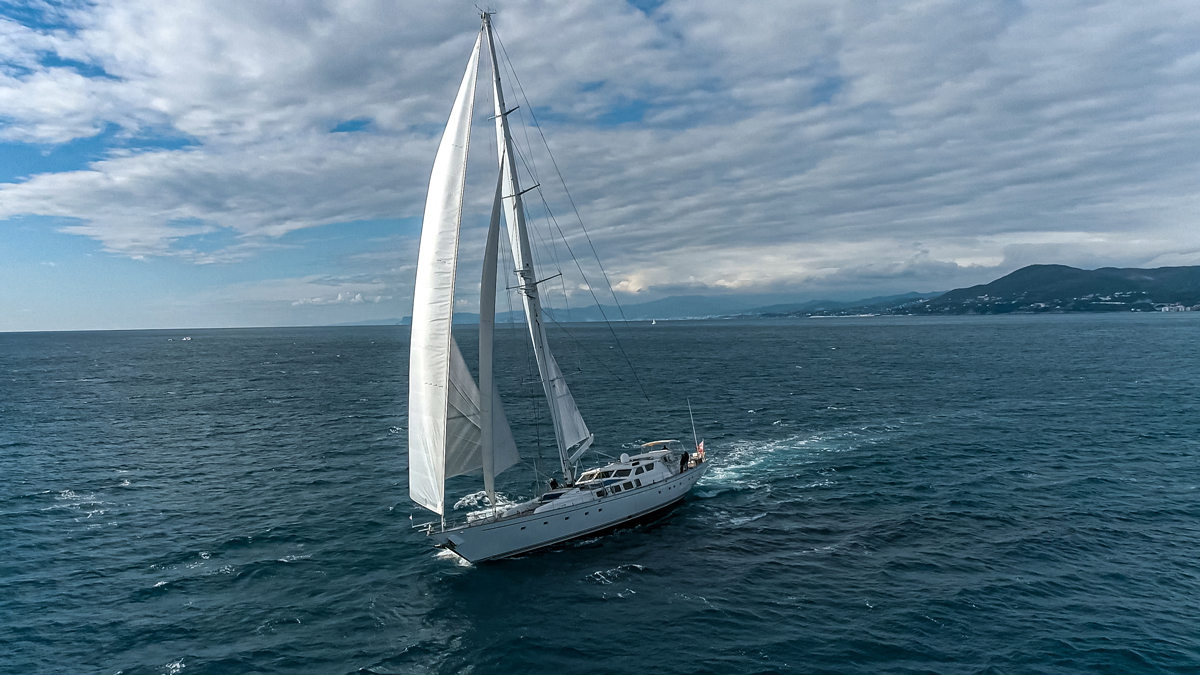 sailing yacht electa
