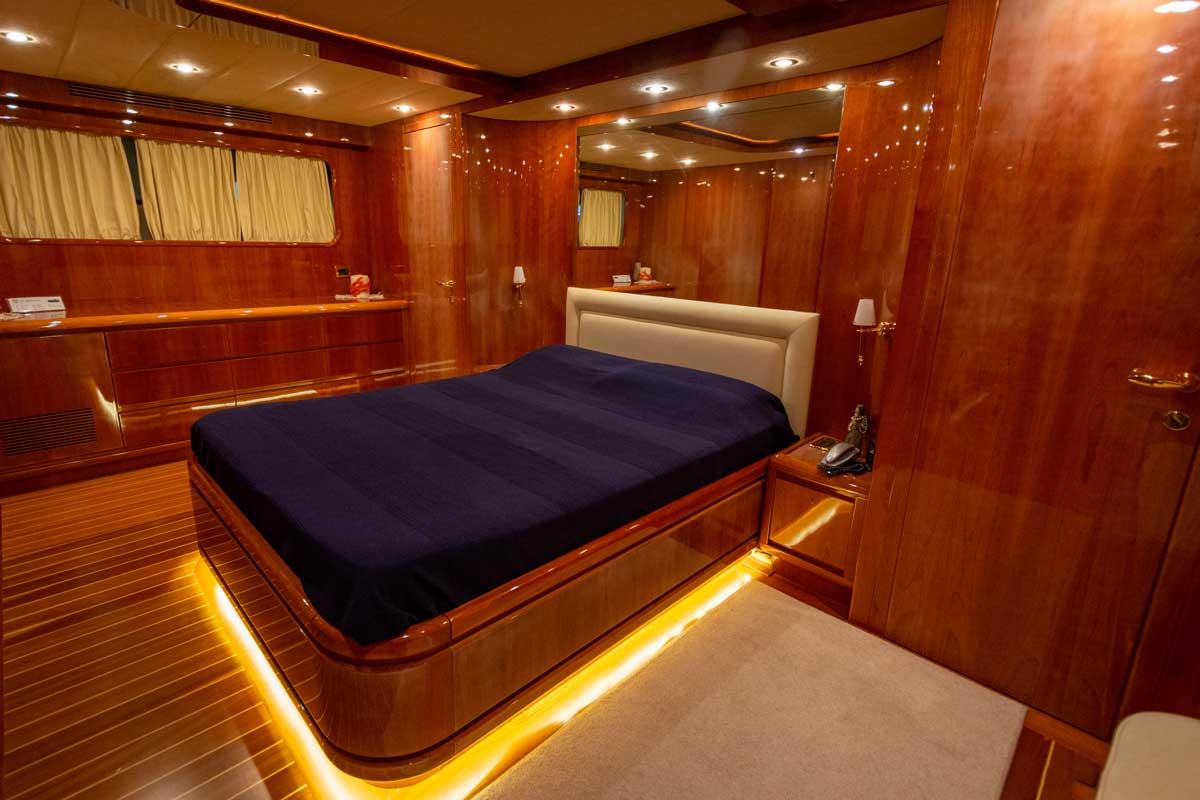 owner cabin g85