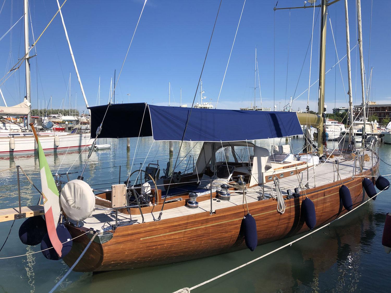 clan 2 carletti sciarrelli 19 m yacht
